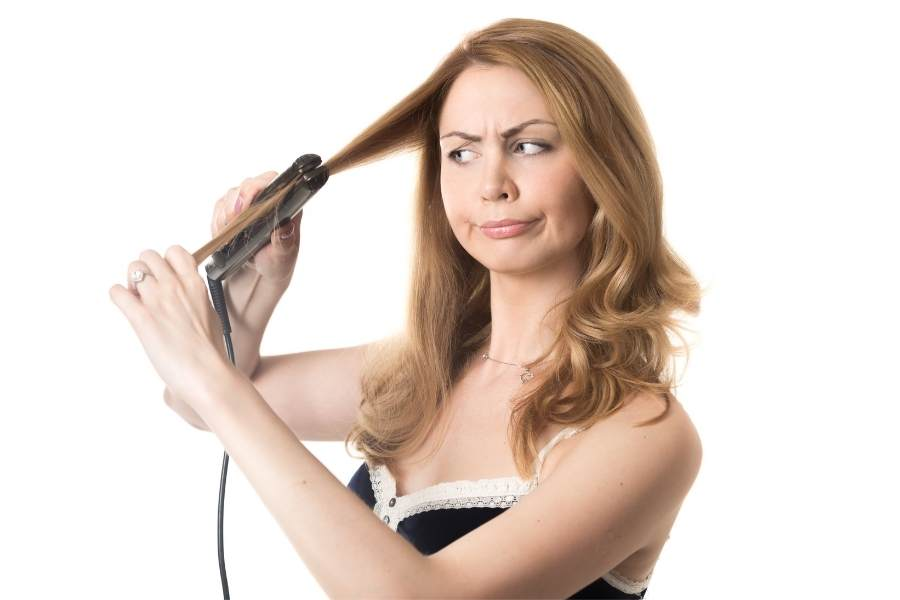 How to avoid poofy hair after you straighten it